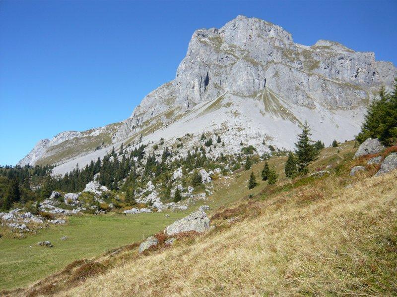 Schilt von der Alp Begligen gesehen